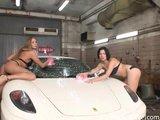 Porządne mycie samochodu
