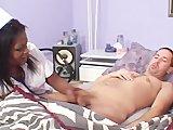 Czarna pielęgniarka