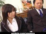 Sekretarka Satomi Maeno