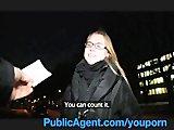 Przypadkowa lala z ulicy