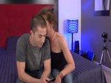Angela zdradza męża  z młodym samcem