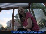 Katia z przystanku autobusowego