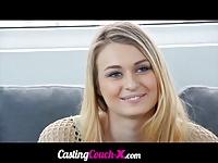 Piękna lala na castingu