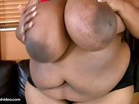 Wielka czarna mama