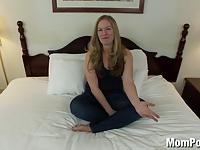 Naturalna blondyna chce seksu
