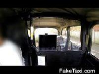 Mamuśka zapomniała pieniędzy na taksówkę