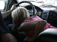 Ciągnie druta w samochodzie