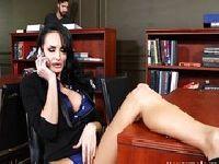 Alektra Blue szaleje w biurze