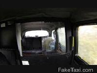 Czas na dymanko w taksówce