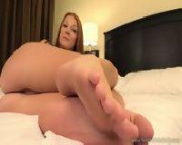 Chętna na masaż stóp