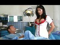 Cycata pielęgniarka i napalony pacjent