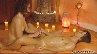 Ekstra masaż kutasa przy kominku