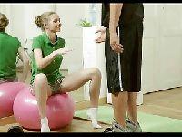 Trening z młodą laseczką
