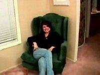 Małolata na fotelu