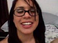 Ewunia w okularach