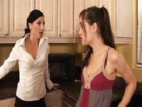 Mamcia kłóci się z córką