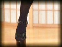 Trina w seksownych bucikach