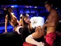 Orgia w nocnym klubie
