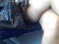 Seksowna laseczka w spódnicy