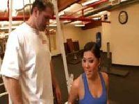 Zaliczona na siłowni