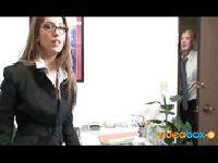 Jenna Haze jebie się w pracy