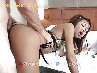 Anal z chińską nastolatką