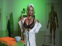 Ale gorąca pielęgniarka!