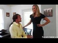 Brandi Love uwodzi szefa w biurze