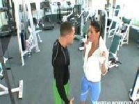 Charley Chase na siłowni