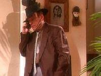 Detektyw poluje na świeżą cipkę