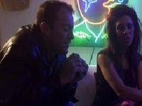 Pijana cichodajka w klubie