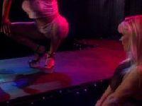 Striptizerki ze sprawnymi nóżkami
