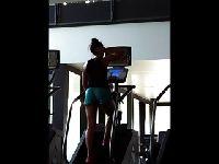 Dziweczka z siłowni