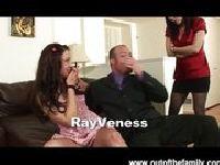 Rayveness przedstawia córce swojego chłopaka