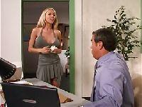 Nowa, seksowna sekretarka