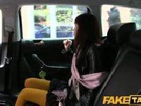 Pieprzenie w taksówce zboczeńca