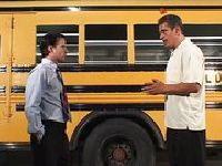 Trójkąt w autobusie szkolnym