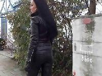 Fetyszysta podrywa kurewkę na ulicy