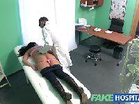 Pacjentka na leżance
