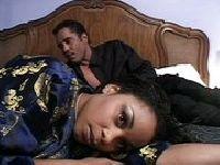 Zdradzona w małżeńskiej sypialni