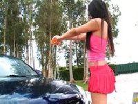 Selena Rose w kusym stroju