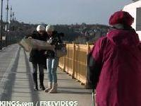Dwie turystki w czworokącie