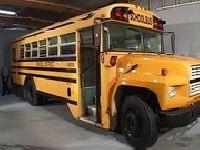 Wytrysk w szkolnym busie