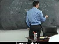 Nauczyciel chętnie poprawia jedynki