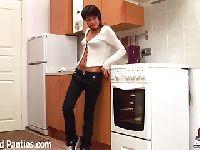 Emo dupczona w kuchni