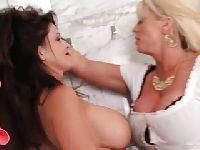 Dojrzałe aktorki porno