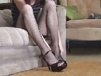 Seksowne nogi sąsiadki
