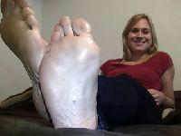 Długie, seksowne stopy żonki