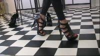 Ładne panie w seksownych butach