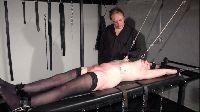 Amatorka torturowana przez zboczeńca